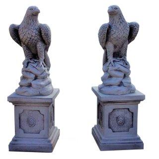 2xSteinadler Raubvogel Greifvogel Gartenfigur 2xSäulensockel Steinsäule Säule